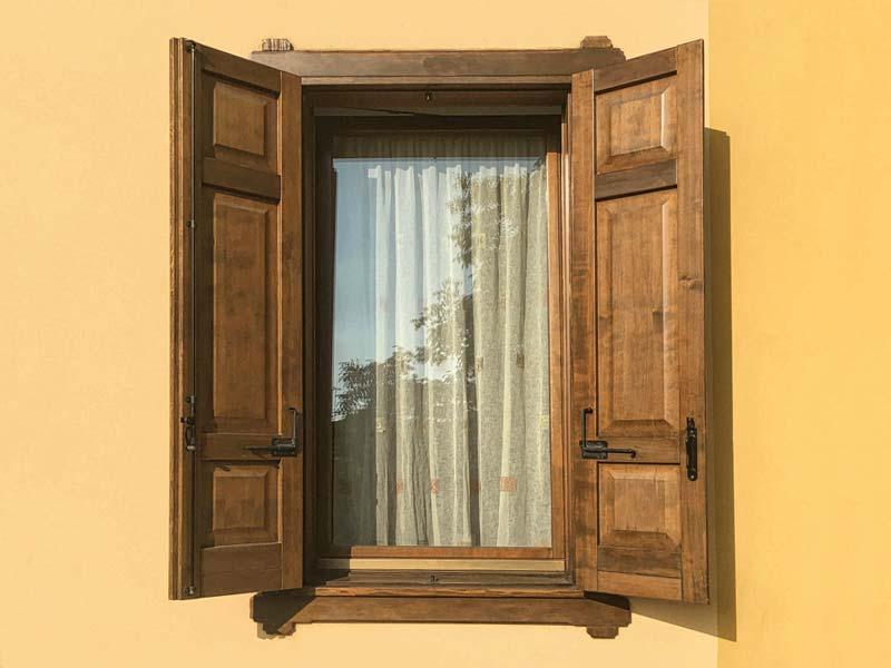 Balconi in legno realizzati su misura