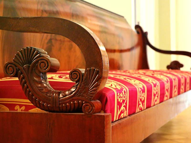 Riparazione e restauro mobili